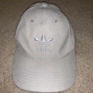 NWT Women's adidas suede hat